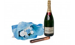 Bubbles and Bouquet Blue Gift Set