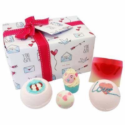 Box of Bath Bomb Love - Anniversary Gifts
