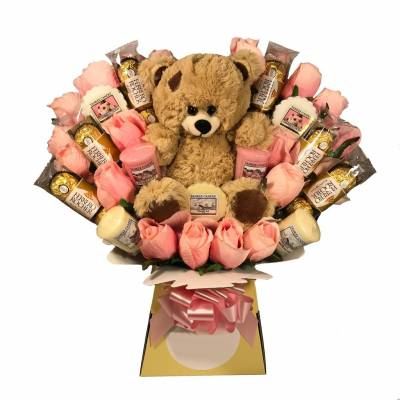 Mothers Day Yankee Candle, Chocs and Teddy Bouquet
