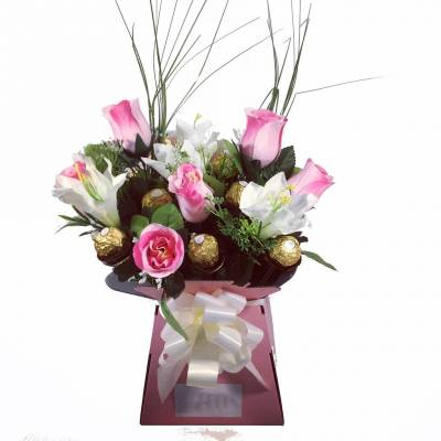 Luxury Pink Rose And Lilly Chocolate Bouquet