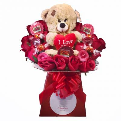 Valentines Day Yankee Candle, Chocolate and Teddy Bouquet