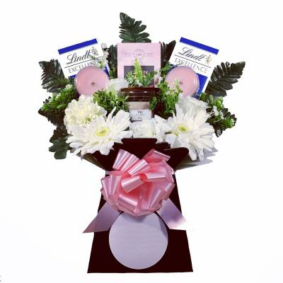 Woodwick Candle Pink Chocolate Bouquet