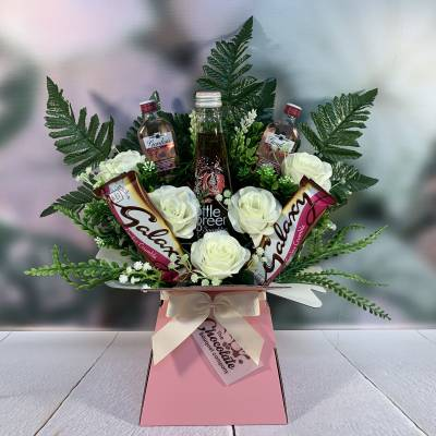 Mum Loves Gin Mothers Day Bouquet