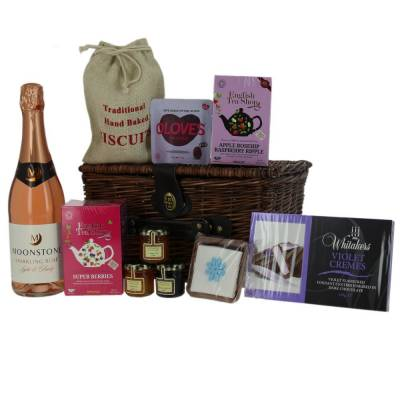 1f0fd0f77f02 Mother's Day Hampers Luxury Chocolates Biscuits Afternoon Tea Gifts