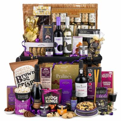 The Christmas Wonder Hamper