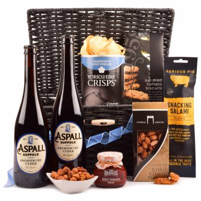 Cider and Gourmet Bar Snacks Hamper