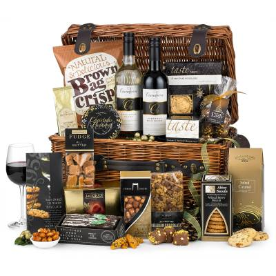 The Perfect Christmas Food and Drink Hamper