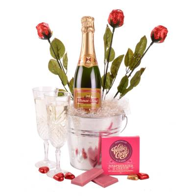 Sparkling Wine and Chocolate Romance Gift