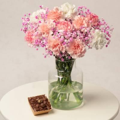 Chocolate Cake Flower Gift