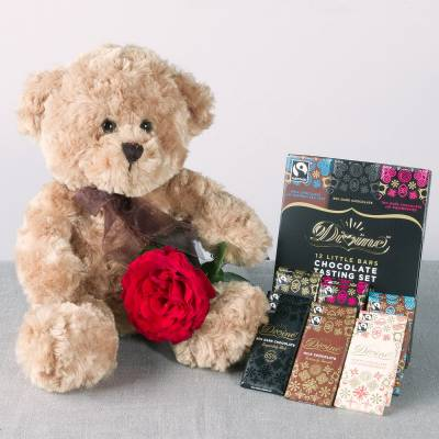 Teddy, Rose and Chocolates