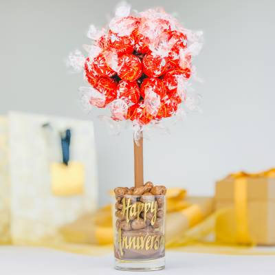 Personalised Lindor Lindt Funky Sweet Tree 25cm - Funky Gifts