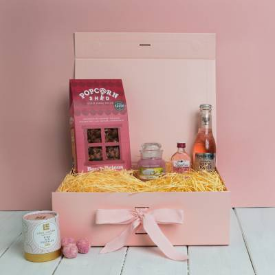 The Pink Gin and Yankee Candle Treats Box