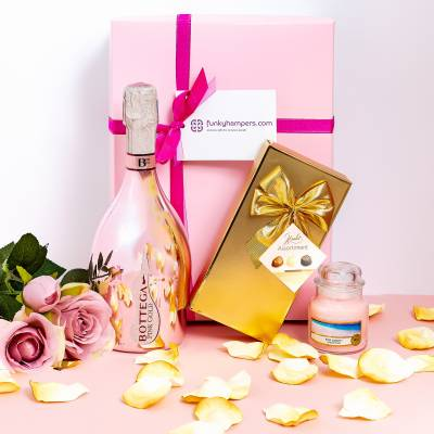 Pink Prosecco, Yankee Candle and Belgian Chocolates Hamper