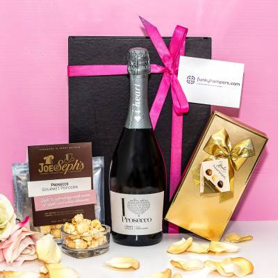 The Prosecco Lovers Hamper