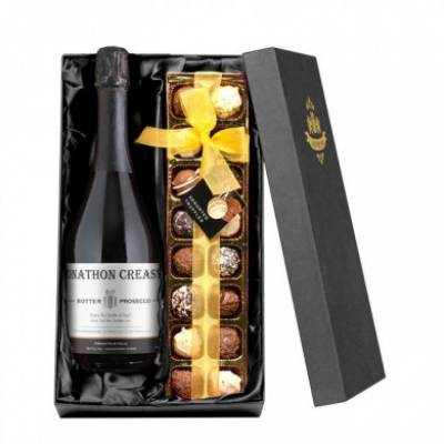 Personalised Prosecco with Chocolates