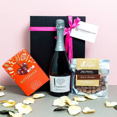 Prosecco and Vegan Treats Hamper