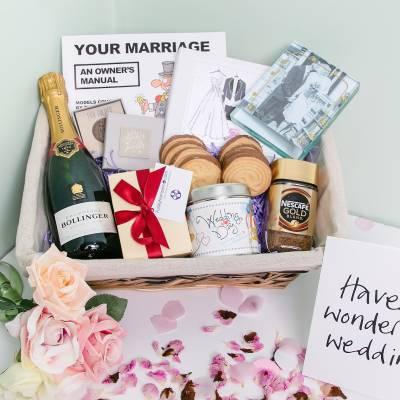 Just Married Hamper