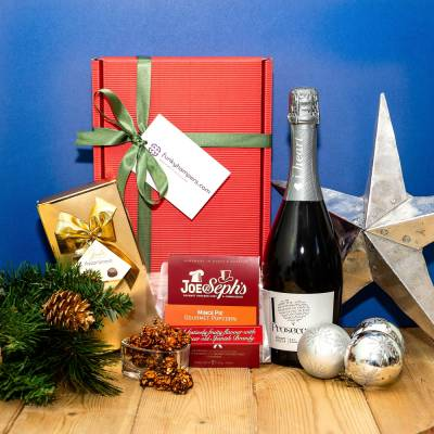 The Prosecco and Christmas Treats Hamper