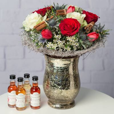 Christmas Posy and Gin Gift