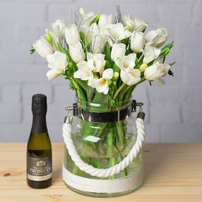 Winter Tulips and Prosecco Gift