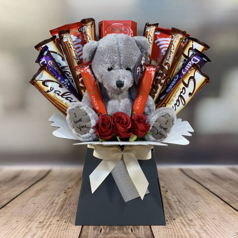 The Teddy and Roses Chocolate Bouquet