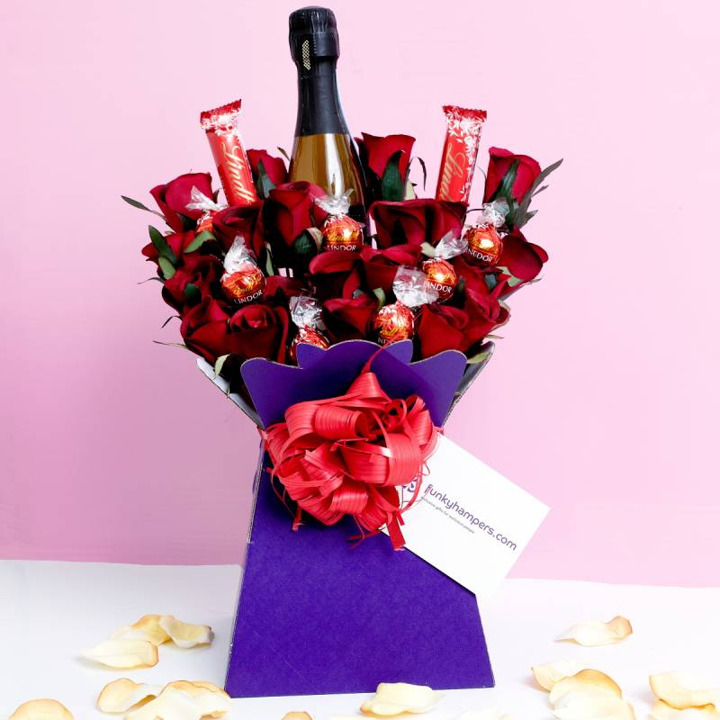 Prosecco and Lindor Bouquet