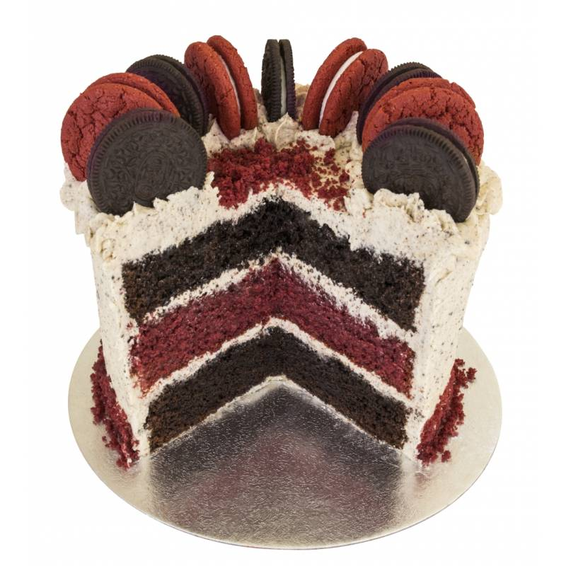 Red Velvet Cookies and Cream Cake
