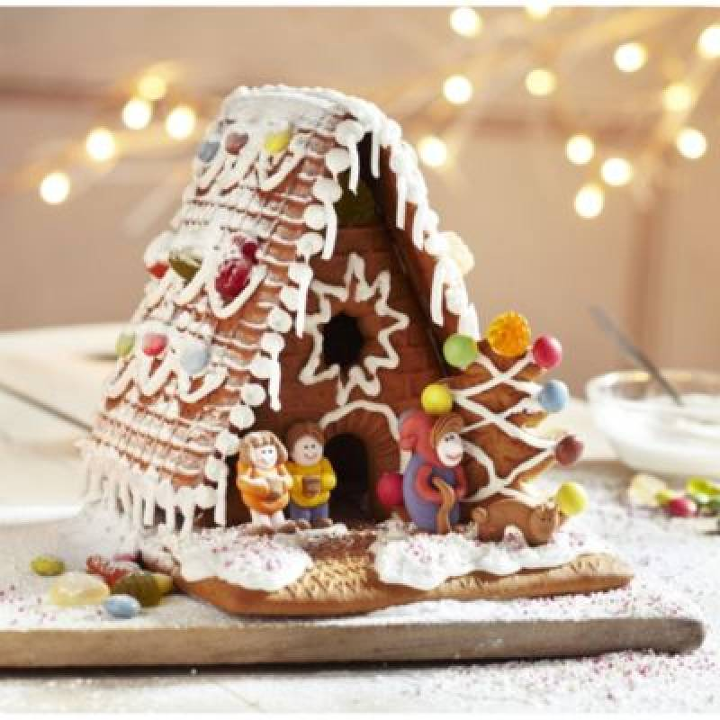 Build Your Own Gingerbread House Set