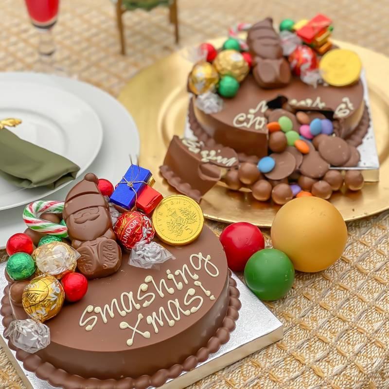 Mini Christmas Chocolate Smash Cake
