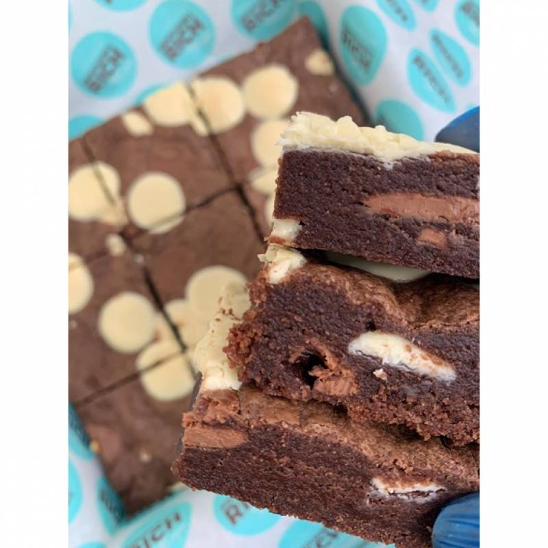 Double Chocolate Cookie Cake Box